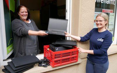 ista spendet Laptops für Essener Schüler –  Digitales Lernes in Coronazeiten