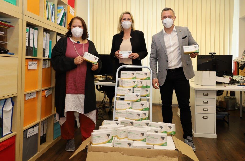 Solidarische Hilfe in der Krise – goldrichtig personal GmbH unterstützt lokale Zivilgesellschaft